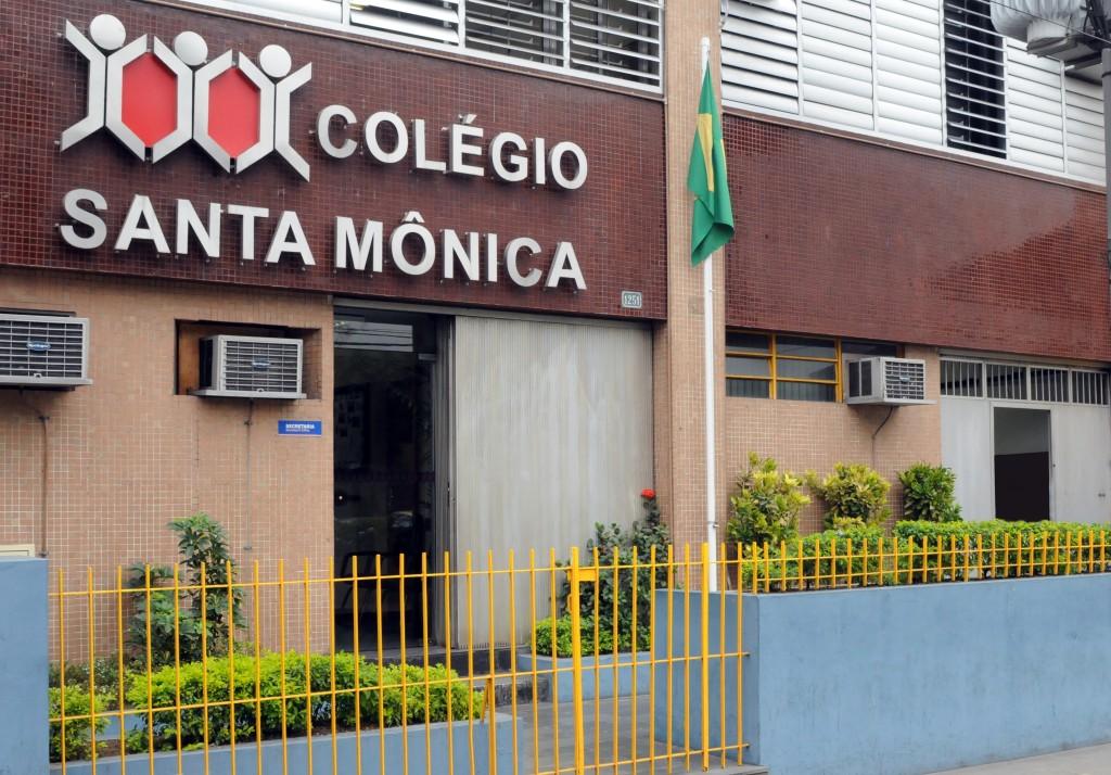 Fachada Colegio Em Bonsucesso Santa Monica