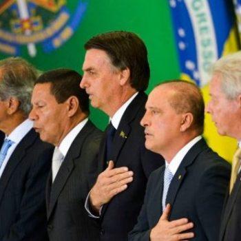 Bolsonaro põe general na GEAP
